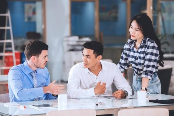 Bí quyết giúp giới văn phòng thành thạo tiếng Anh