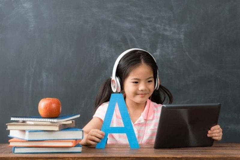 Đâu là phương pháp tốt nhất để dạy tiếng Anh cho trẻ 4 tuổi?