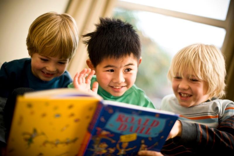 Những lợi ích khi trẻ học tiếng Anh qua truyện ngụ ngôn